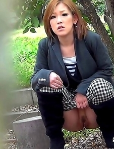 Japanese Piss Fetish Videos - Asian Girls Pissing - Piddle Here, Puddle There 5